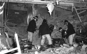 97727646_News_Firemen_at_work_following_the_Birmingham_pub_bomb_attacks